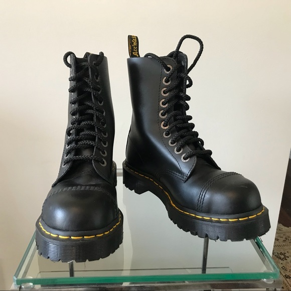 32428644773 Dr. Martens 8761 BXB steel toes boots / size 7